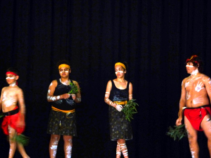 NAIDOC Dancers come to Lockyer